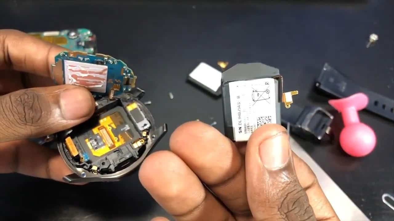 Smartwatch Battery replaced