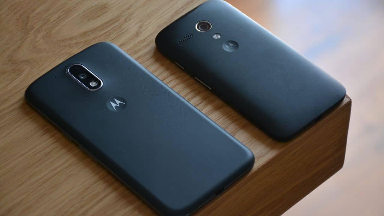 smartwatches work with Motorola