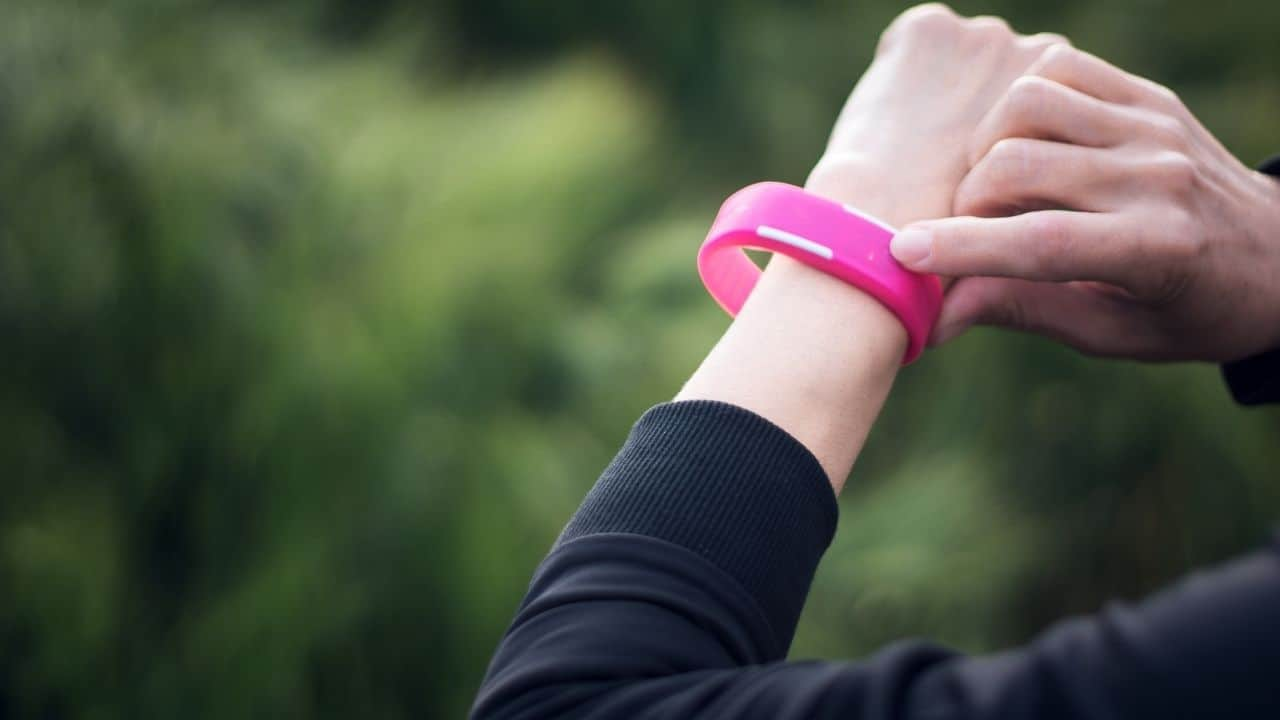 Best Apple Watch Bands for Nurses and Medical Workers