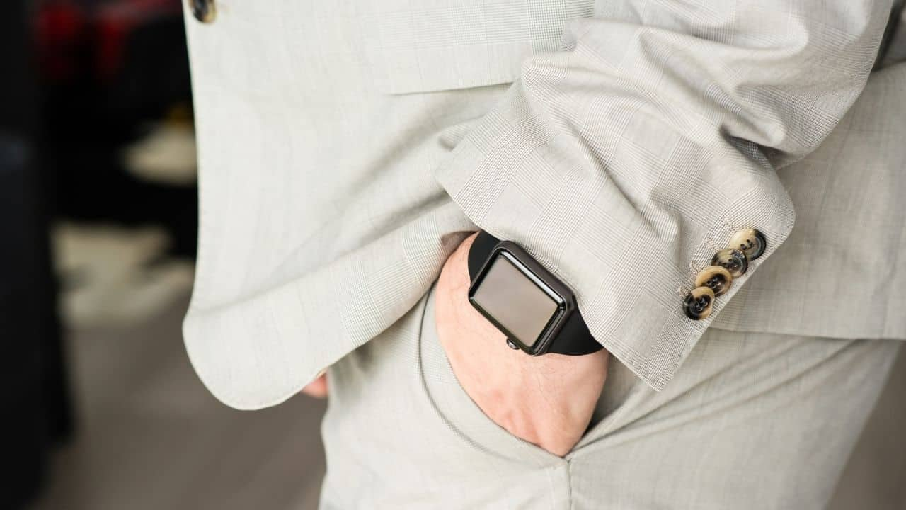 Apple watch classy look – featured image